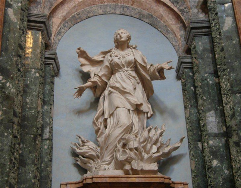 Sculpture de sainte Agnès